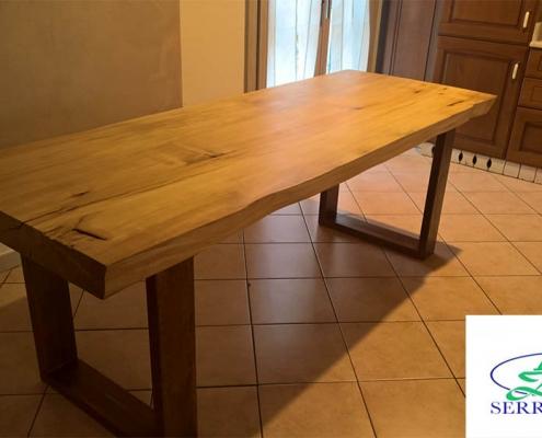 Tavolo rustico in legno